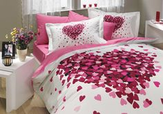 Bedding Set Heart Love Themed with Duvet Cover Romantic Design, Cotton Queen Size - 4 Pieces, Pink Lilac White Best Quilted Comforter, Set USA Bed Duvet Covers, Duvet Cover Sets, Bedroom Themes, Bedroom Decor, Duvet Covers Urban Outfitters, Hobby House, Shabby, House Beds, Bed Sets