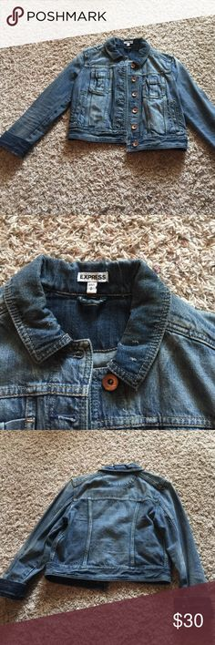 JUST IN EXPRESS JEAN JACKET NEVER WORN SIZE SMALL Never worn great condition 3 quarter length sleeves jean jacket express Express Jackets & Coats Jean Jackets