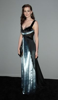 Polished Anne Hathaway...  sumptuous...   On November 29, 2010, it was announced that Hathaway and James Franco would host the 83rd Academy Awards.