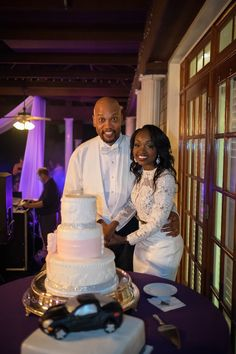 Inspiration From Dress To Bling: Cake That's Sophisticated & Chic, Just Like The Bride's Gowns | Nashville Wedding Guide for Brides, Grooms - Ashley's Bride Guide