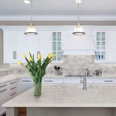 Supreme Kitchen Remodeling Choosing Your New Kitchen Countertops Ideas. Mind Blowing Kitchen Remodeling Choosing Your New Kitchen Countertops Ideas. Kitchen Slab, White Kitchen Cabinets, New Kitchen, Kitchen Ideas, Kitchen White, Kitchen Decor, Kitchen Cabinetry, Kitchen Backsplash, Kitchen Pics