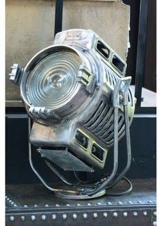 50's Arri Light / Projector Arri dos Anos 50 by Metal & Woods
