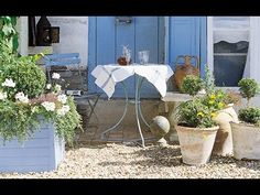 Discover French-inspired design tips for adding a bit of je ne sais quoi to your abode! French Chic, French Style, French Country Interiors, Swedish Farmhouse, Outdoor Furniture Sets, Outdoor Decor, French Doors, Design Inspiration, Interior Design