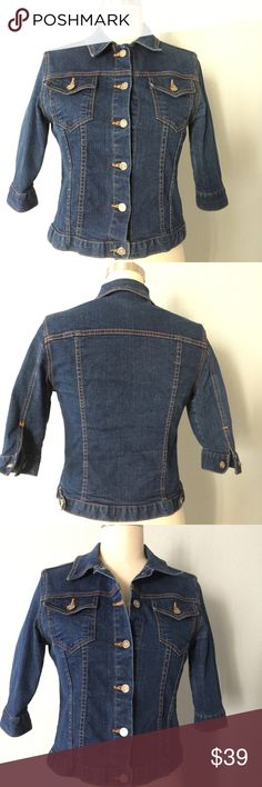 Jean top Great vean top, wear it as a little jacket or a regular top.  soft cotton, 2 front button pockets, 3/4 sleeves with button closures, button down front. Perfect for fall  ✅ will bundle ✅ ✅ all reasonable offers will be considered  No Trading  Poshmark rules only‼️ Measurements taken laying flat Ⓜ️ Chest 18 Ⓜ️ Length 20 nine planet jeans  Tops Button Down Shirts