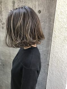 46 Bob With Bangs Hairstyle Ideas Trending for 2019 - Style My Hairs Short Grunge Hair, Short Wavy Hair, Love Hair, My Hair, Short Shoulder Length Hair, Hair Color Underneath, Brown Hair With Blonde Highlights, Shot Hair Styles, Hair Color Purple
