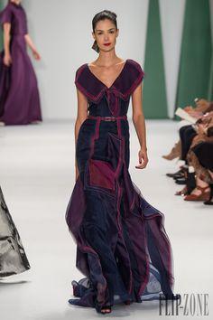 Carolina Herrera Printemps-été 2015 - Prêt-à-porter - http://www.flip-zone.fr/fashion/ready-to-wear/fashion-houses-42/carolina-herrera-4889 - ©PixelFormula