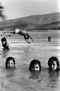 State of Guerrero. Village of San Augustin de Oapan. Children bath and play in the Rio Balsas. by Abbas on artnet. Browse more artworks Abbas from Magnum Photos. Magnum Photos, Henri Cartier Bresson, Steve Mccurry, Martin Parr, Family Photography, Street Photography, Nice Photography, School Photography, Portrait Photography