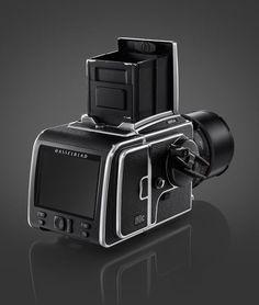 50 megapixel digital backs for Hasselblad medium format cameras? SWEET! Only approximately $14,900. LOL