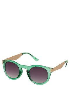 Green Round Sunglasses. Added to my wishlist!