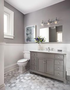 Top 19 Best Bathroom Paint Colors Ideas for Your Small Bathroom - These bathroom paint colors will provide your bathroom the transformation you've been awaiting, whatever your design. Condo Bathroom, Diy Bathroom Remodel, Chic Bathrooms, Bathroom Flooring, Bathroom Renovations, Amazing Bathrooms, Small Grey Bathrooms, Grey Bathroom Decor, Bathroom Makeovers