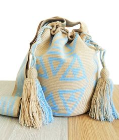 Wayuu mochila bags made for long beachside walks and sunset gazing under the breeze dancing palm trees while sipping pinacolada with salty hair and sandy toes Tapestry Bag, Tapestry Crochet, Crochet Stitches Patterns, Stitch Patterns, Knitted Bags, Crochet Bags, Ethnic Bag, Blue Bags, Bag Making