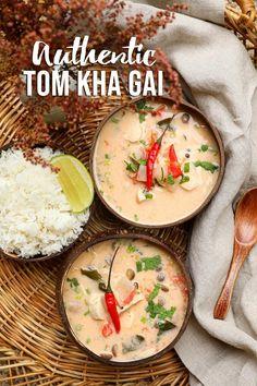 Authentic Tom Kha Gai Recipe & Video - Seonkyoung Longest Coconut Soup Recipes, Thai Coconut Soup, Grilled Chicken Salad, Chicken Salad Recipes, Tom Kha Gai Recipe, Best Pad Thai Recipe, Asian Recipes, Healthy Recipes, Asian Foods