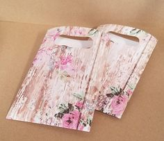 Rustic Farmhouse Floral print Flat Paper Favor Bags with Die Cut handles, Gift Bag, Favor Bag, Cookie Bag, Candy Bag, Weddings, Baby Shower, by thepapercove on Etsy