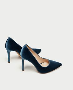 Image 4 of VELVET HIGH HEEL SHOES from Zara