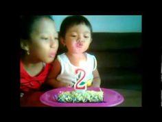 Alfrisa's 2nd Birthday: Fun Blowing Out Birthday Candle  nb: dengan kue buatan mamanya... ada cinta disetiap gigitan... :P