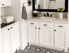 How to Stencil Travertine Floors - Jaclyn James Home