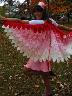 Darling Flamingo - other Bird Halloween Costumes. I'd do parrot colors Raven Costume, Parrot Costume, Lion King Costume, Cute Costumes, Halloween Costumes For Kids, Costumes For Women, Teen Costumes, Costume Ideas, Woman Costumes
