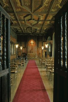 The icon of the Lady of Ostrabama in the Chapel Royal was made out of corned beef tins and cartridge cases by Polish soldiers billeted here during the Second World War, and The Chapel Royal is the Catholic parish church for Falkland, with Mass every Sunday at 9am.