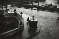 Pont Neuf, Paris by André Kertész, 1931