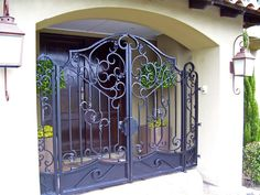 Wrought Iron Gate Designs, Wrought Iron Gates, Entry Gates, Entrance, Sliding Gate, Metal Gates, Main Gate, Iron Art, Beautiful
