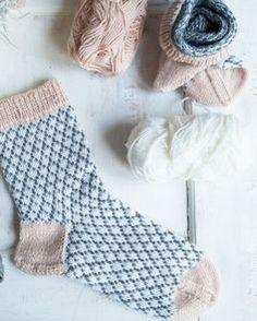 Sock Recipe, Cosy Socks, Knitting Socks, Crochet Yarn, Handicraft, Mittens, Christmas Stockings, Dream Catcher, Stitch