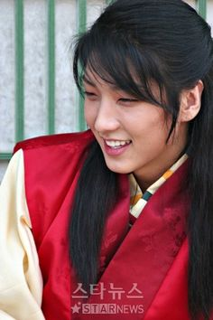 """King and the Clown (Hangul: 왕의 남자; hanja: 王의 男子; RR: Wang-ui Namja, lit. The King's Man) is a 2005 South Korean historical drama film, starring Kam Woo-sung, Jung Jin-young and Lee Joon-gi. It was adapted from the 2000 stage play, Yi (""""You"""") about Yeonsangun of Joseon, a Joseon dynasty king and a court clown who mocks him.  공길 이준기"""