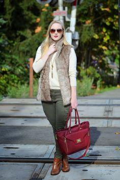 Look of the Week: Fall & winter fashion staple, the faux fur vest. seduction vest #fauxfur @oliveandpiper  necklaces #necklace neiman marcus sweater #cozy Urban Planet jeans #fashionblogger steve madden purse #fashion guess boots on Vancouver Vogue blog
