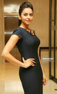 Rakul Preet Singh Actress Photos Stills Gallery Bollywood Girls, Bollywood Actress Hot, Beautiful Bollywood Actress, Beautiful Actresses, Bollywood Saree, Bollywood Fashion, Tamil Actress, Indian Actress Photos, South Indian Actress