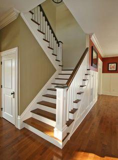 лестница из трех пролетов с кладовкой в частном доме: 16 тыс изображений найдено…