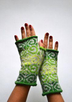 Green Fingerless Gloves  Green Gray Gloves  Fall by lyralyra