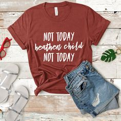 Someone who is sarcastic at times? Get this shirt! This funny shirt is an ideal gift for women, sis, girlfriend, niece, aunt and friend! Momma Shirts, Mom Of Boys Shirt, Funny Kids Shirts, Aunt Shirts, Mothers Day Shirts, T Shirts For Women, Sassy Shirts, Cute Shirt Designs, Vinyl Shirts