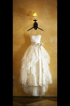 Beautiful Vera Wang dress… #Labola #wedding #gowns follow us on Facebook and stay inspired https://www.facebook.com/LabolaWeddings