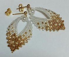 Russian Leaf Earrings TUTORIAL done in brick stitch image 2 Seed Bead Bracelets, Seed Bead Jewelry, Seed Bead Earrings, Leaf Earrings, Jewelry Findings, Seed Beads, Beaded Earrings Patterns, Bracelet Patterns, Bead Earrings