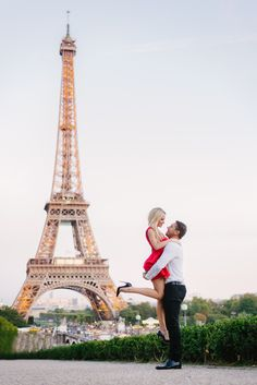 """I love her and that's the beginning and end of everything"" #theparisphotographer #parisphotographer #photographerinparis #parisphotographers #paris #parismonamour #parisjetaime #iloveyouparis #parisfrance #instaparis #parisian #cityoflove #photooftheday #romantic #portrait #parisphotosession #photosessioninparis #parisweddingphotographer #weddingphotographerparis"