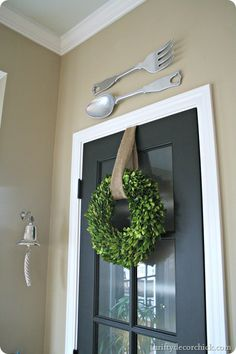Using boxwood for spring decorating