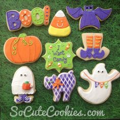 Top 14 Ghost Cookies Designs For Halloween – Cheap Easy Party Snack Food Project - Bored Fast Food Thanksgiving Cookies, Fall Cookies, Iced Cookies, Cute Cookies, Holiday Cookies, Ghost Cookies, Halloween Cookies Decorated, Halloween Sugar Cookies, Halloween Sweets