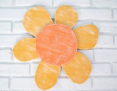 Yellow and Orange Daisy Wood Flower Sign Outdoor Patio Sunflower Wall Hanging Outdoor Signs, Dog Signs, Nature Decor, Wooden Walls, Image Shows, Orange, Yellow, Daisy, Hand Painted