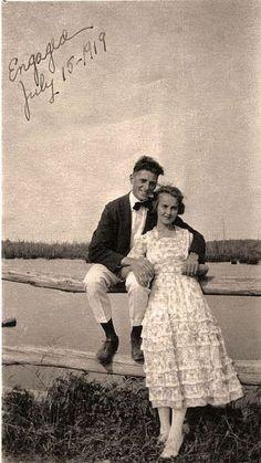 30 Vintage Couple Pictures
