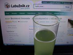 Bezinková limonáda... bezkonkurenční :-) Pint Glass, Glass Of Milk, Beer, Drinks, Tableware, Detail, Root Beer, Beverages, Dinnerware