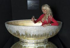 #Opulent Gold Crystal Bathtub Decorated With 250,000 Crystals Costs $124,000 #Luxury #Gold