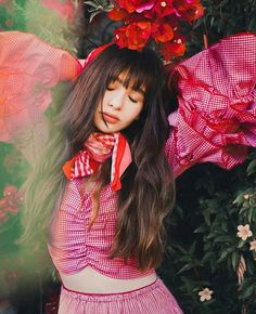 """The Maxwells, Philip & Ruby June Photography featuring Malina Weissman from Netfix's """"Series of Unfortunate Events. Malina Weisman, Pretty People, Beautiful People, Les Orphelins Baudelaire, A Series Of Unfortunate Events, Celebs, Celebrities, Girl Crushes, Playing Dress Up"""