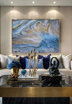 18 Spectacular White And Blue Living Room Ideas For Modern Home 16 - decorwoo Blue And Gold Living Room, Blue Living Room Decor, Glam Living Room, Living Room Designs, Elegant Living Room, Living Rooms, Art Mural, Living Room Inspiration, Bathroom Inspiration