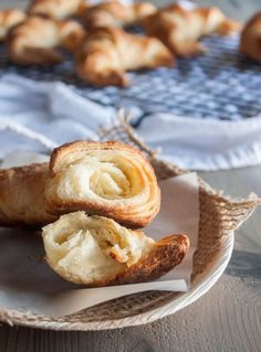 how-to-make-the-perfect-croissant, Croissants, step by step how to make croissants http://www.sweetphi.com/light-flaky-croissants/