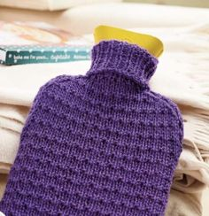 Three quick knits Knitting For Beginners, Easy Knitting, Knitting Patterns Free, Knit Patterns, Knitting Ideas, Knitting Projects, Knit Vest Pattern, Bag Pattern Free, Water Bottle Covers