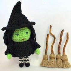 Free Halloween Witch Crochet Patterns