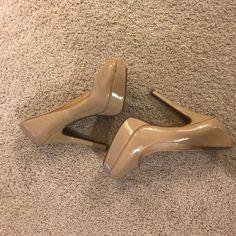 a6ad41daec4 Chloe Kingsley Platform Leather Sandals 👡70 s inspired platforms ...