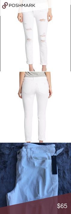 """BNWT Joe's Jeans White skinnies Janel sz 32 These Joe's jeans are the one perfect item you need for your summer wardrobe!!! They are the """"Janel"""" and are skinny, distressed and BNWT. Size 32 w 1% spandex.  Measures 17"""" at waist, 11"""" at thigh opening and inseam is 27""""...perfect for the ankle, crop, style.  Distressing on front only. Joe's Jeans Jeans Skinny"""