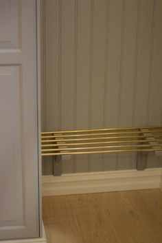 Hallway – Home Decor Designs Flat Interior, Diy Interior, Interior Design Living Room, Interior Styling, Interior Decorating, Hallway Inspiration, Small Hallways, Hallway Storage, Compact Living