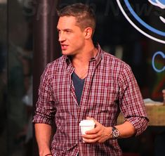 Look at those delicious manly rugby shoulders - not to mention the mouth and jawline. Hello Tom Hardy.