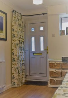 """Fantastic Screen Farmhouse Front Door curtains Ideas Interior designers often reference art as """"the jewelry of the house,"""" but when it comes to enhan Curtains Over Front Door, Hall Curtains, Patio Door Curtains, Front Doors With Windows, Door Curtain Pole, Door Coverings, Cottage Door, French Doors Patio, Farmhouse Front"""